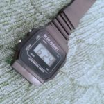 100均ダイソー購入品『BLUE PLANET』腕時計